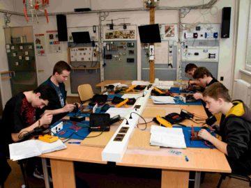 Stavba a měření na elektrotechnickém výrobku