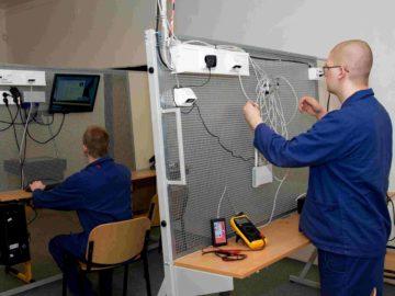 Instalace síťových prvků s konfiguraci síťového nastavení
