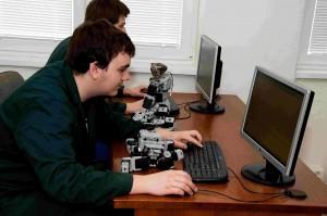 Tvorba programů pro roboty na PC